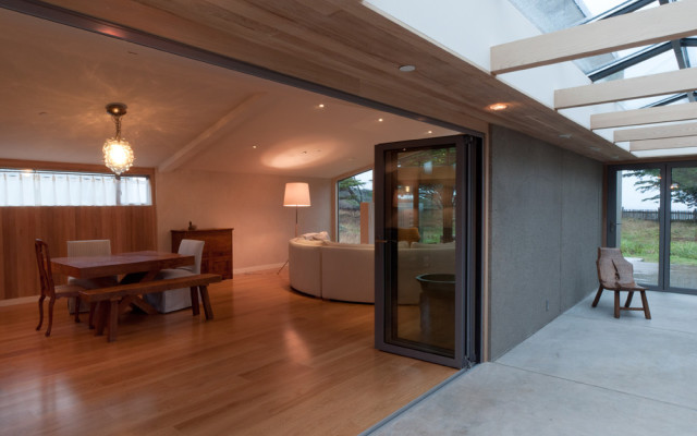 Sebastopol Architect Doug Murray - Snedaker Living Room/Dining Room Passageway