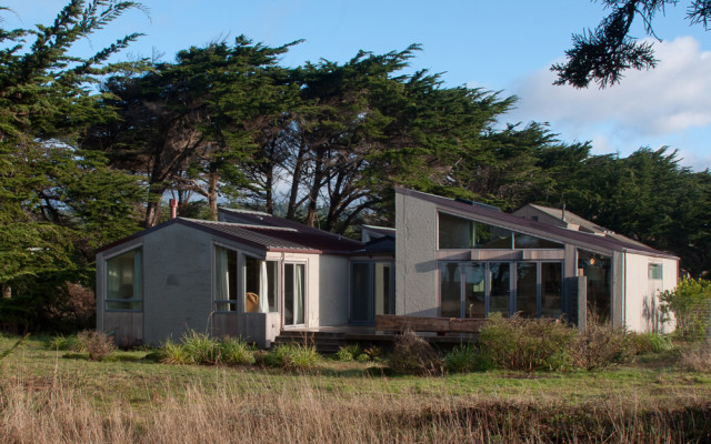 Sonoma County Architect Doug Murray - Street View Snedaker- Krause House (photo by Lourdes Solari)